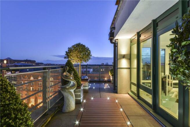 Terrace W14