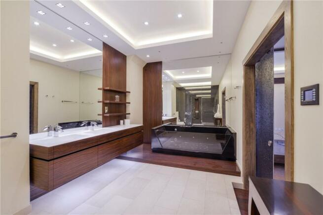 Bathroom W11
