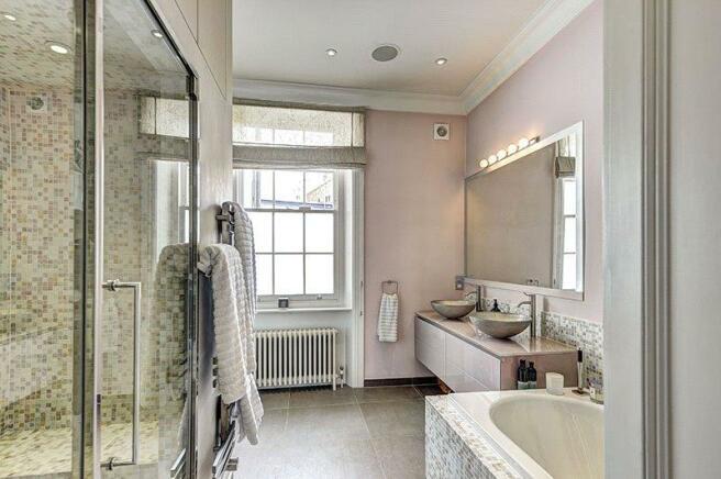 Bathroom, W11