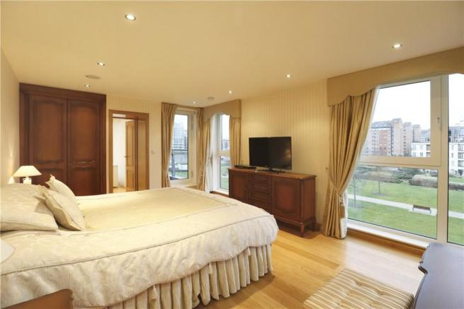 5 Bed London Flat