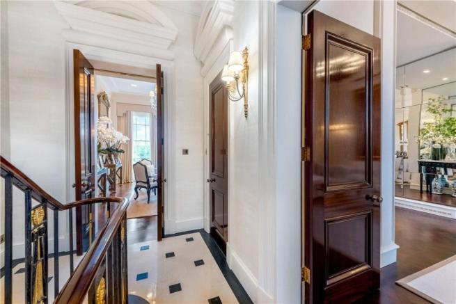 For Sale, Nw1