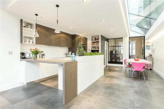 Sw11: Kitchen