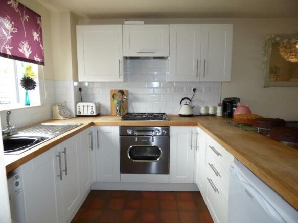 Kitchen 2 (Main)