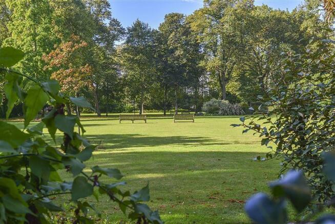 Onslow Square garden