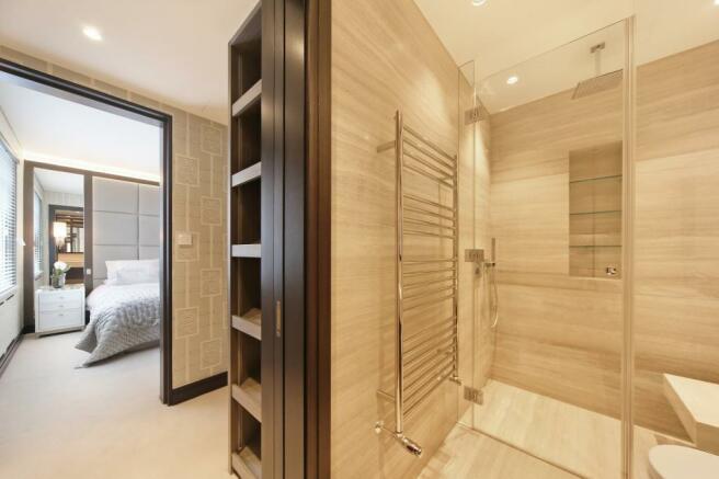 bahtroom en suite