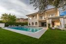Villa for sale in Tuscany, Lucca...