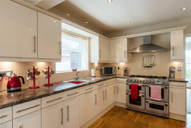 Impressive Living Kitchen