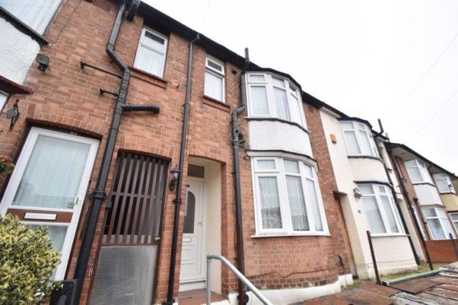 3 Bedroom Terraced House To Rent In Talbot Road Luton Lu2