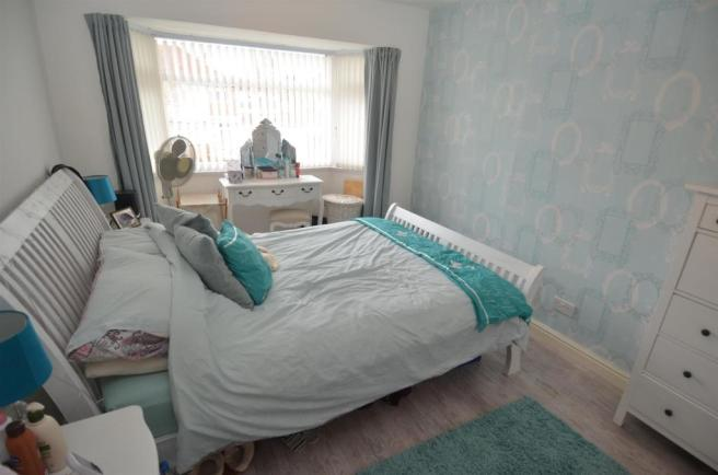 55 Bucklands End Lane - Bedroom 1.JPG