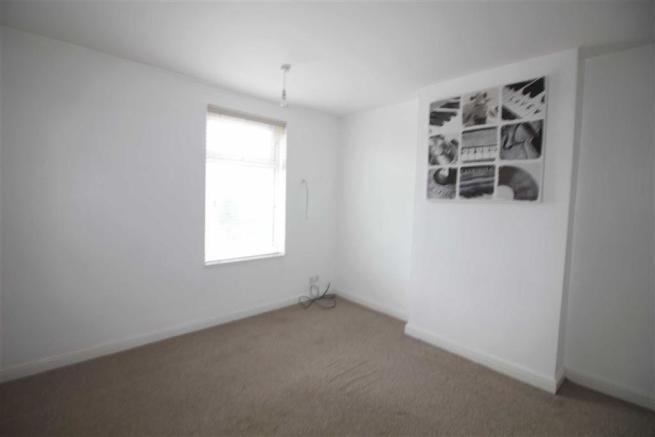 Bedroom no.1 front double: