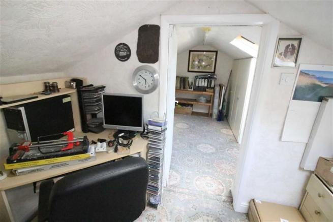 Further loft space/storage: