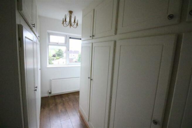 Bedroom no.4 rear/dressing room: