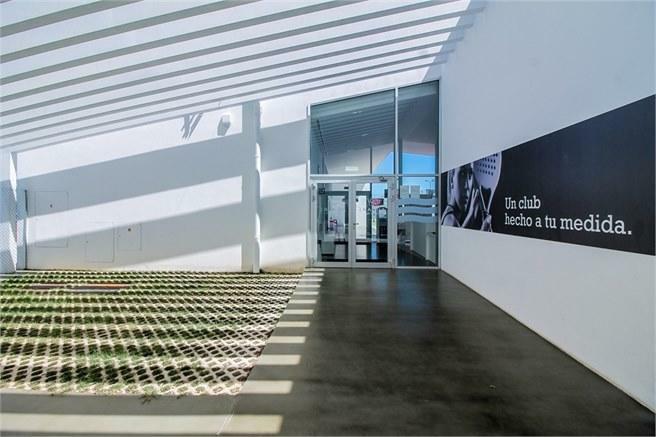 Paddel- & tennis center