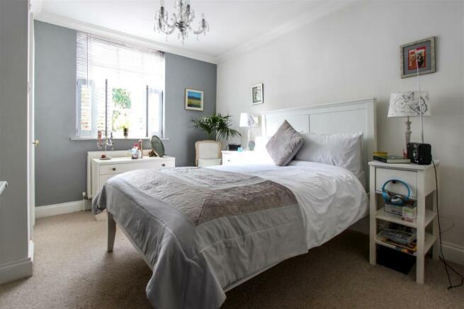 main-bed.jpg