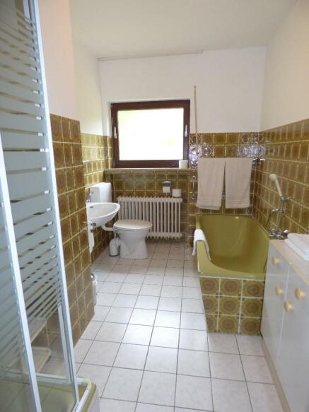 Bathroom holiday ap.