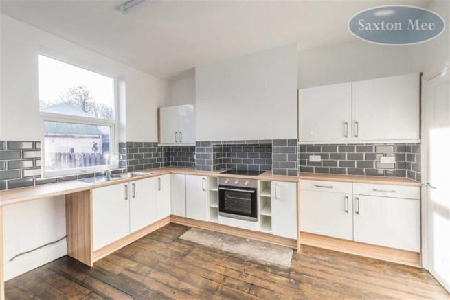 BEAUTIFUL NEW FITTED DINING KITCHEN