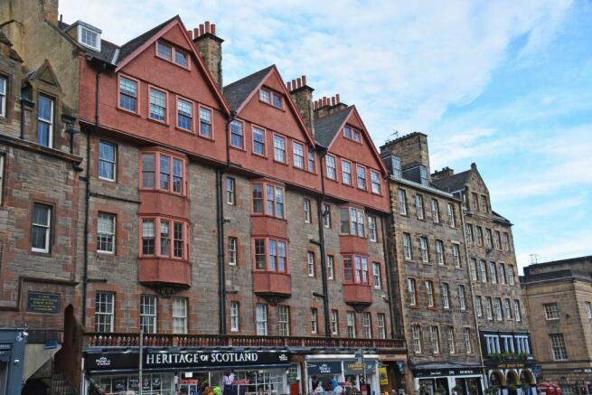 2 Bedroom Flat For Sale In 457 2 Lawnmarket High Street Edinburgh Eh1 2nt Eh1