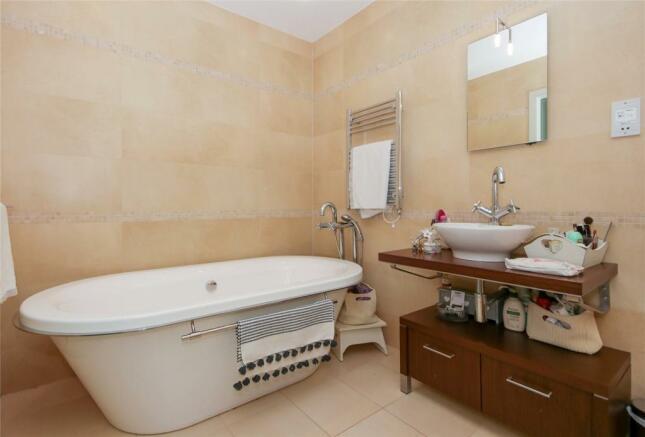 Bed 1 En-Suite