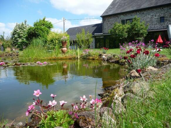 Upper fish pond