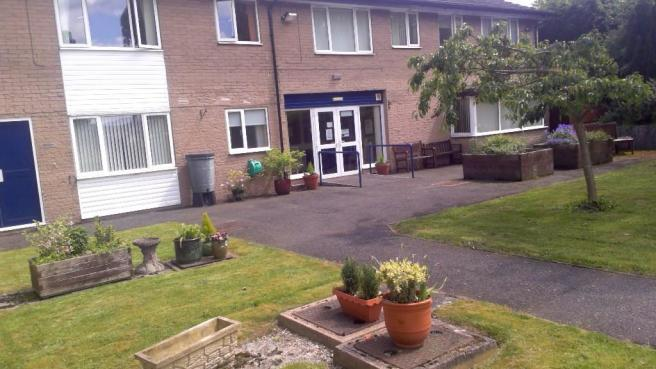 For Rent in Chesterfield, Derbyshire Studio Flat