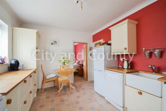 Annex Kitchen.jpg