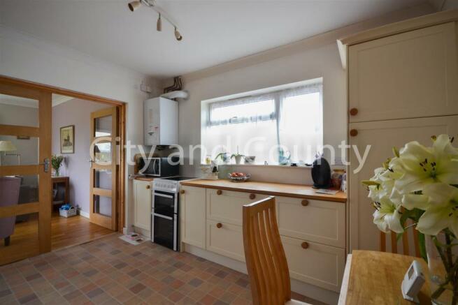 Annex Kitchen (1).jpg