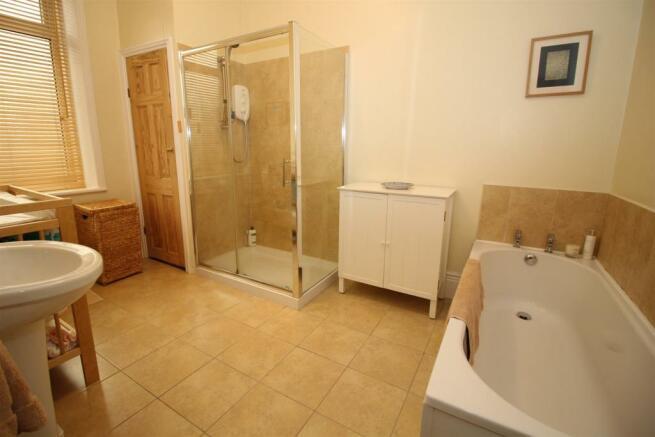 Sumptuous Bathroom