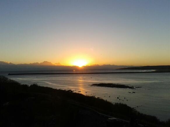 Sun Rise In Tynemouth