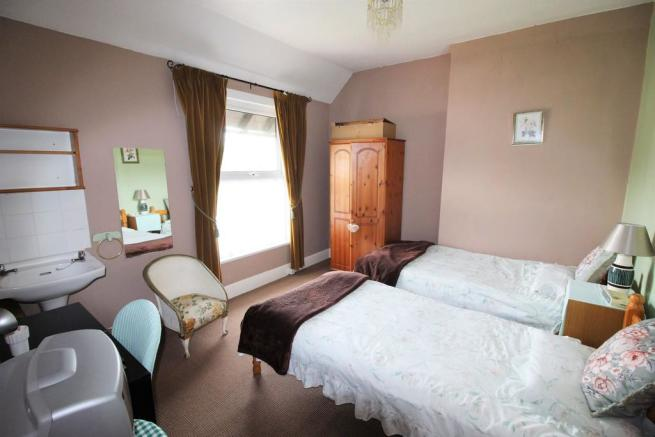 4 Bedroom Semi Detached House For Sale In Westhill Road
