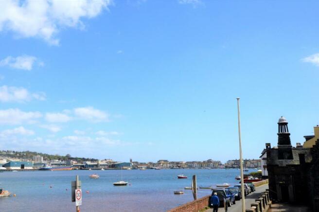 Towards Harbour
