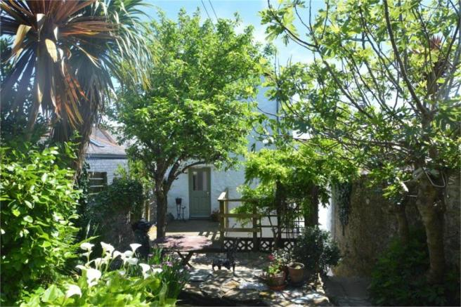 Cool 3 Bedroom Cottage For Sale In Falmouth Cornwall Tr11 Download Free Architecture Designs Salvmadebymaigaardcom