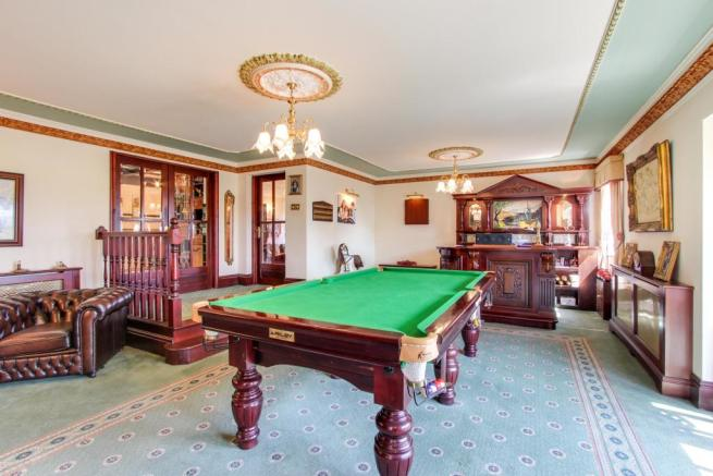 Games Room and Bar