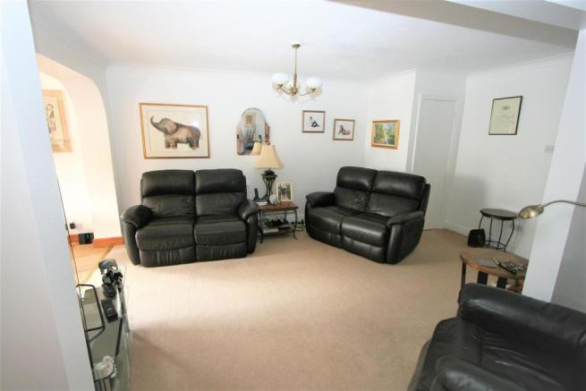 'L' Shaped Lounge