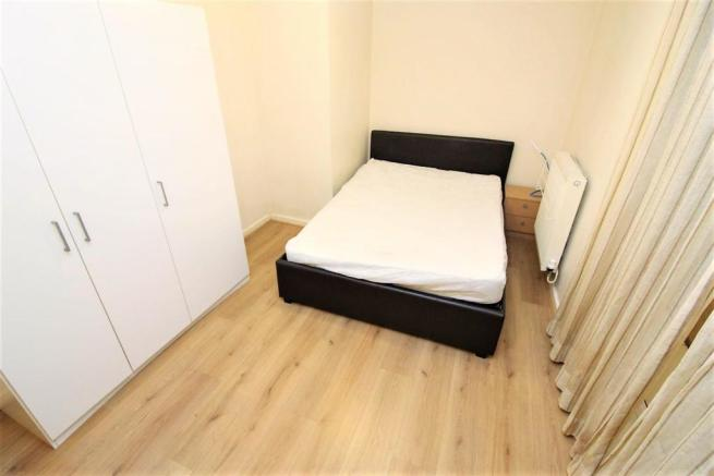 mer bedroom3.jpg