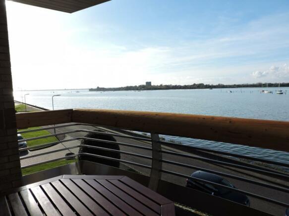 Balcony (Main)