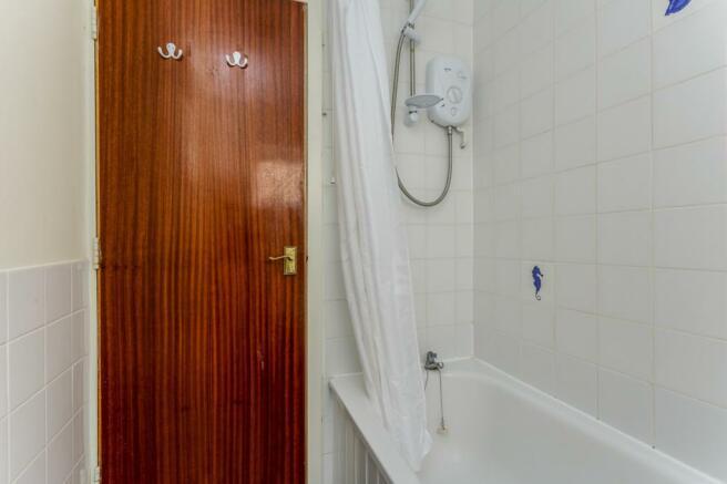 bathroom - image 2