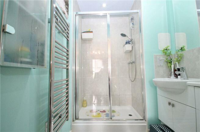 En-Suite Shower