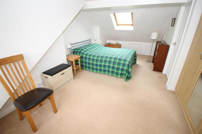 attic bed 1.JPG