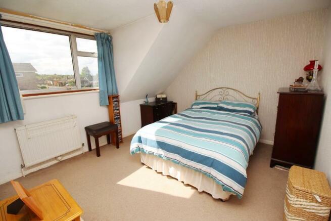 62 Whitelodge Close Bed 1.JPG