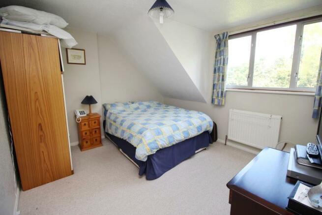 62 Whitelodge Close Bed 2.JPG