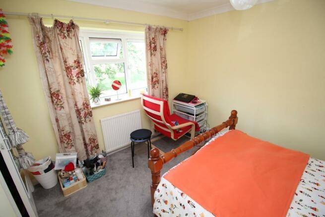 Bedroom 1 Shot 1.JPG