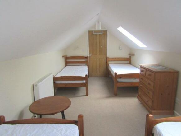 Large FF Bedroom