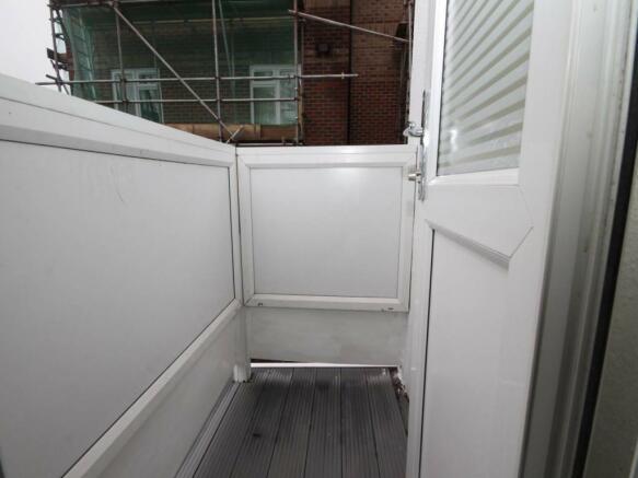 22 fernwood balcony