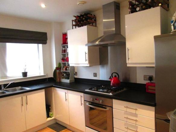 Kitchen__Flat_3_Leyla_House__2_Dunn_Street__E8_2DB_(9).jpg