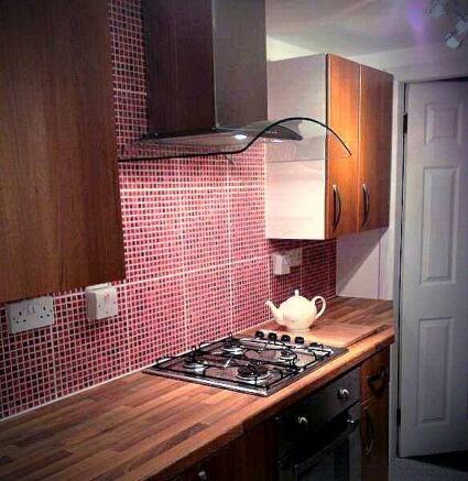 Kitchen 1_2.jpg