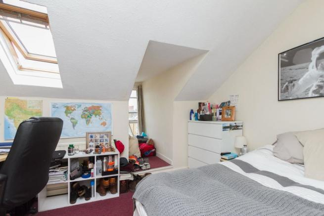 143 bedroom 1.jpg