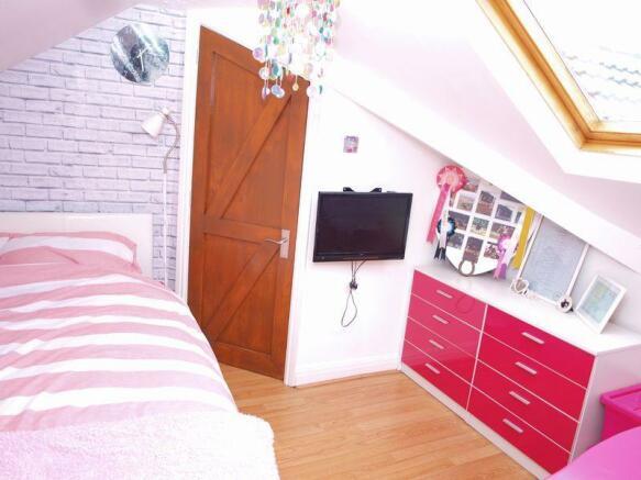 Bedroom Three (2)