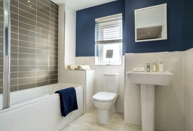 Carrick-bathroom