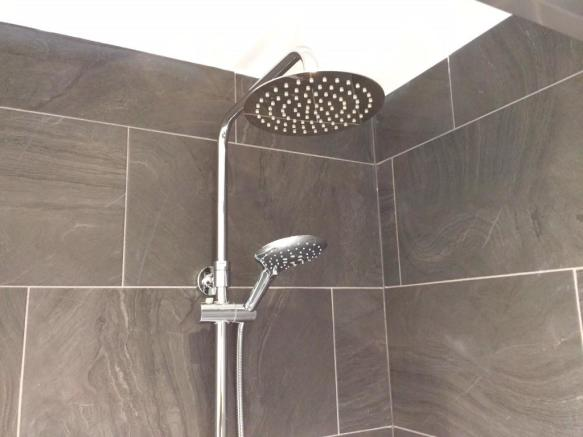 Dual shower-heads