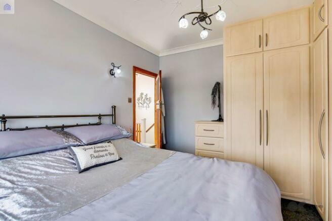 Bedroom 1 Alt....